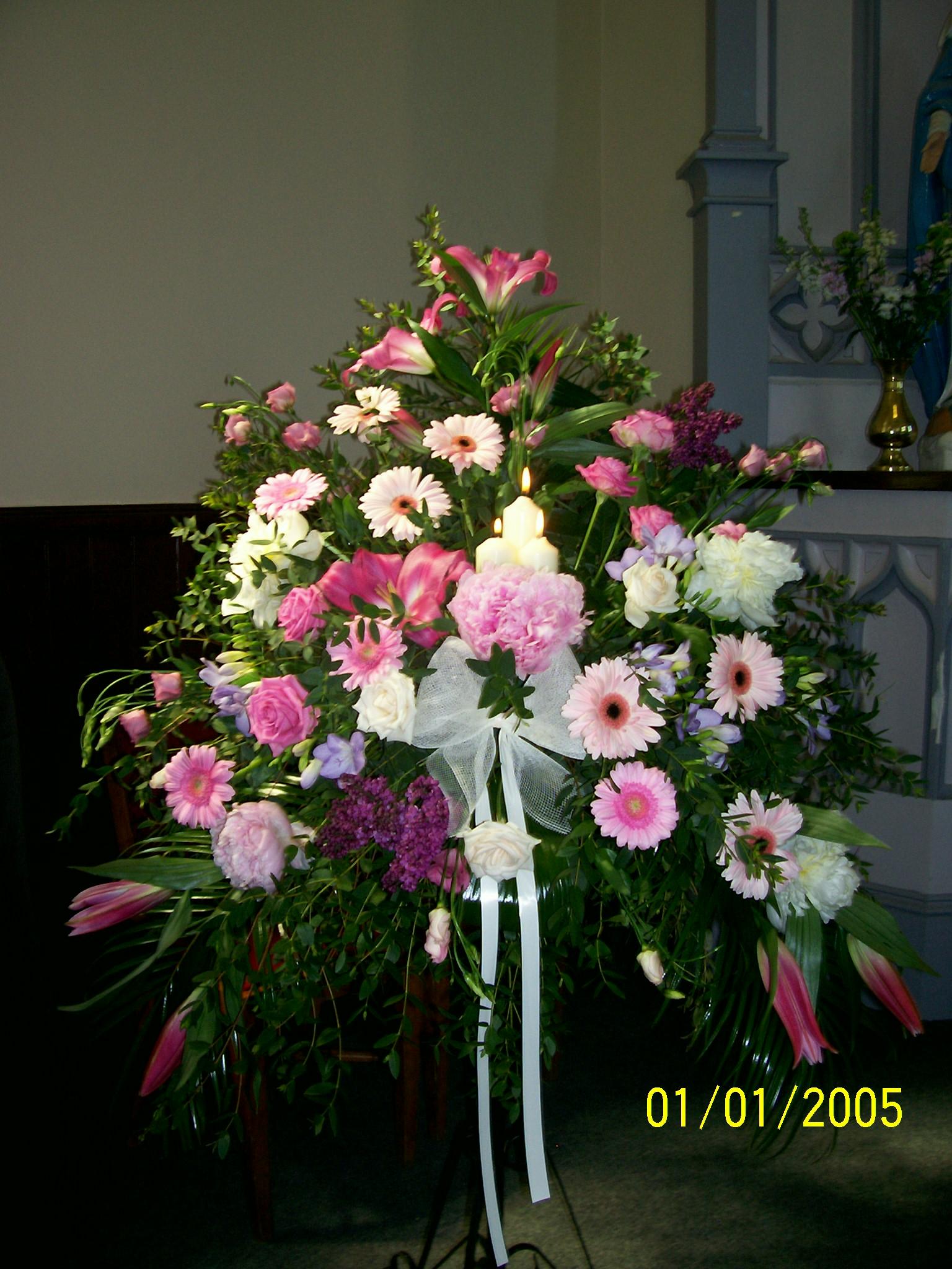 Symetrical arrangement inc. Candles
